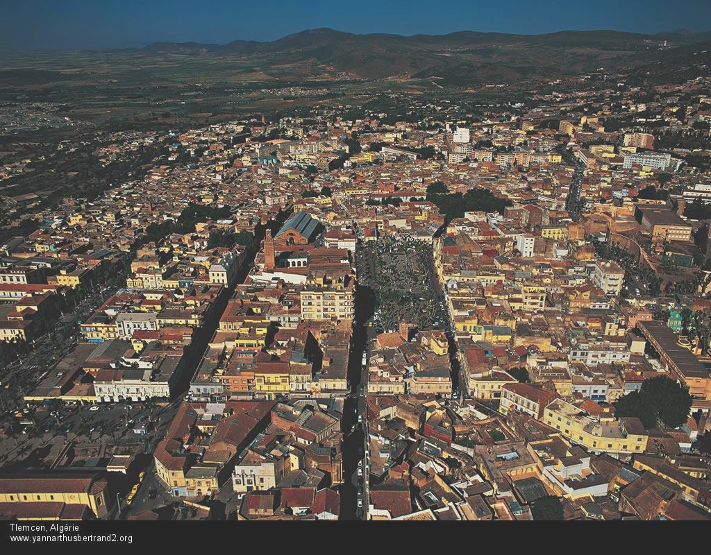 Tlemcen Algeria  city pictures gallery : Dans